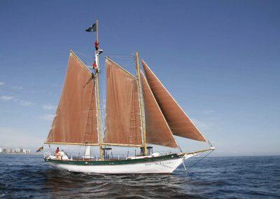 sailing-boat-background