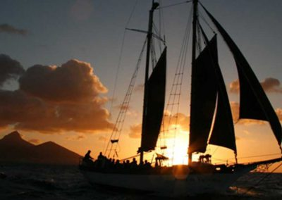 Cape-Town-Waterfront-Adventures-yacht-trips