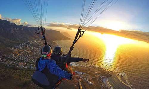 Parapax-Tandem-Paragliding-Flights
